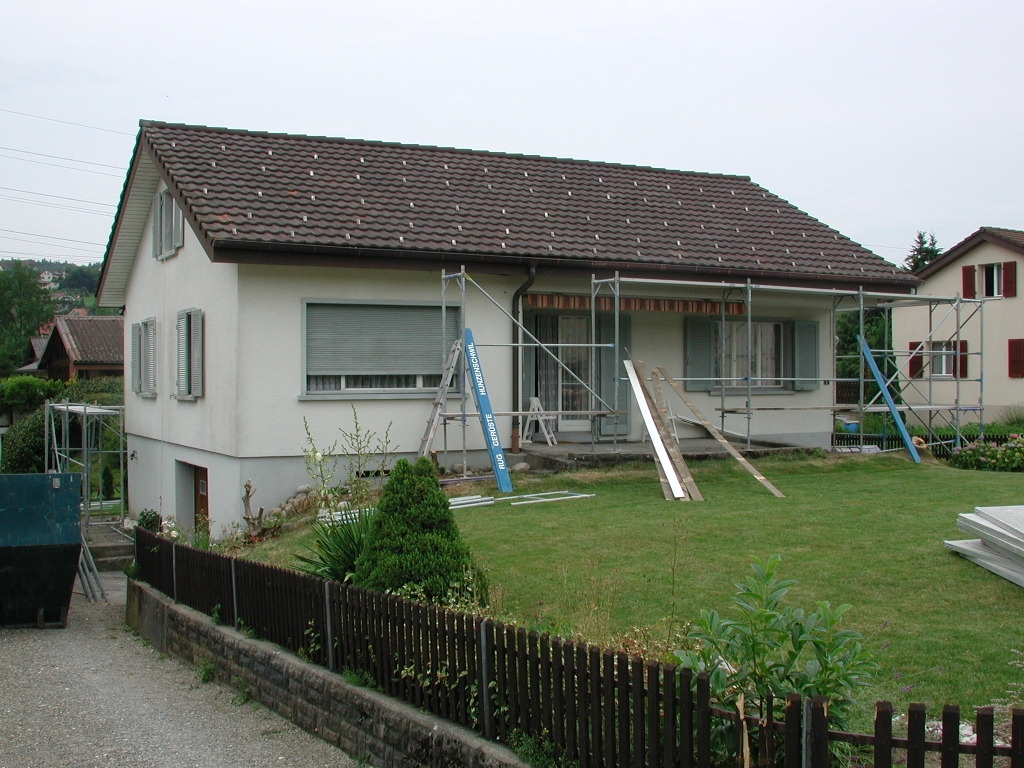 Safenwil Dachaufstockung EFH